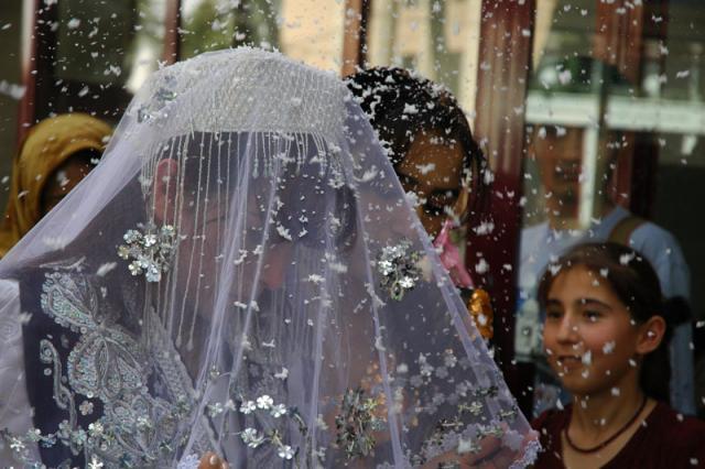 В Таджикистане сняты все ограничения, кроме количества гостей на свадьбе: может штаб забыл?